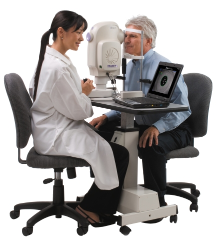 Patient-and-Operator-at-iTrace.jpg